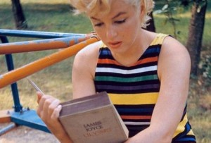 Marilyn Monroe leyendo 'Ulyses', de James Joyce.